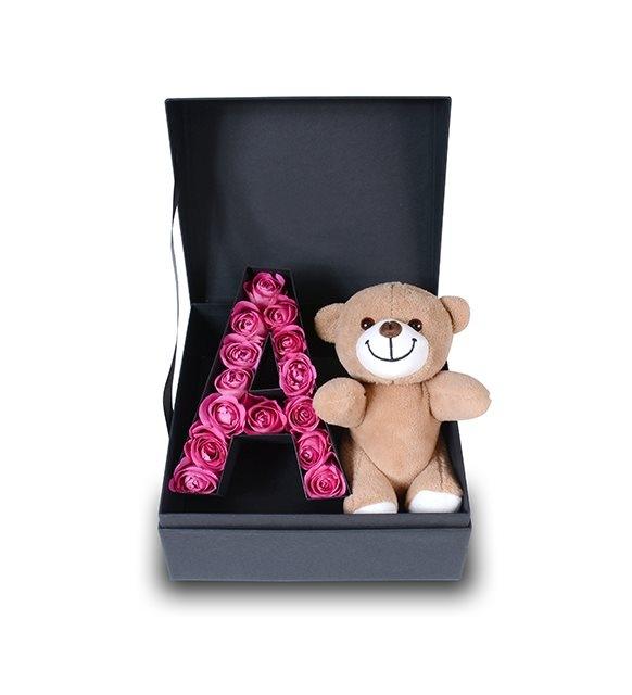 kutuda aşkınızın baş harfi ve ayıcık