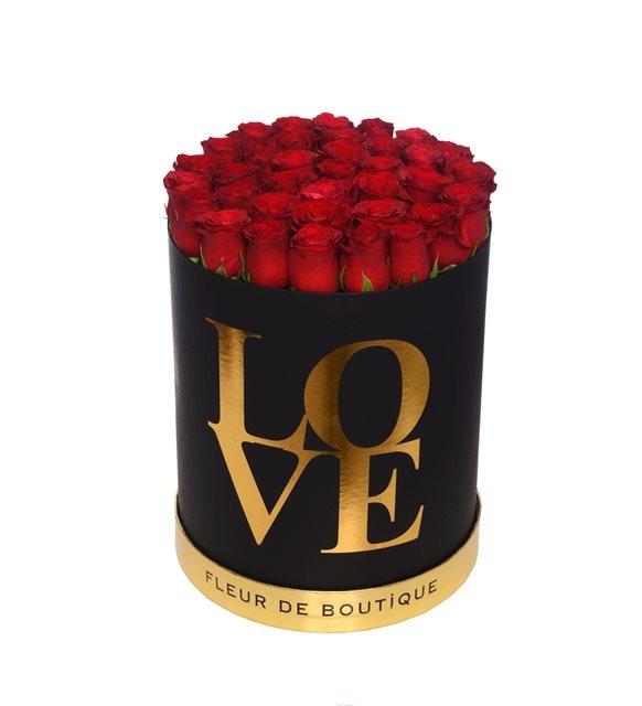 xxl love kutuda kırmızı güller